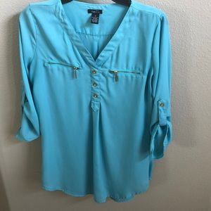 NWOT Rue 21 top size M